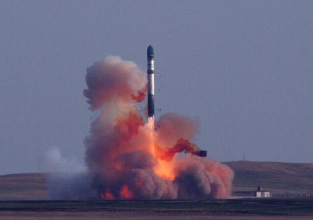 صاروخ نووي لحظة إطلاقه