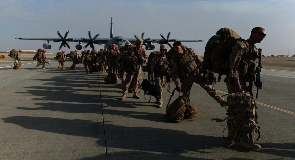 جنود مارينز أمريكيين