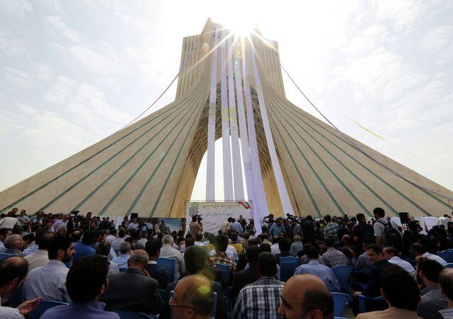 إيران والبرنامج النووي