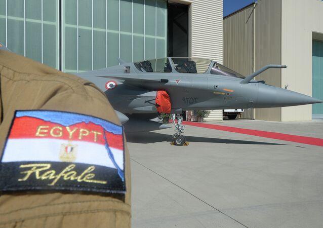 تسليم طائرات رافال إلى مصر
