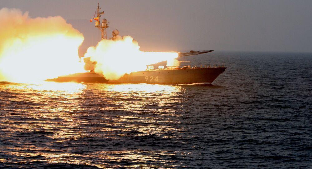 إر 32 تطلق صاروخ موسكيت