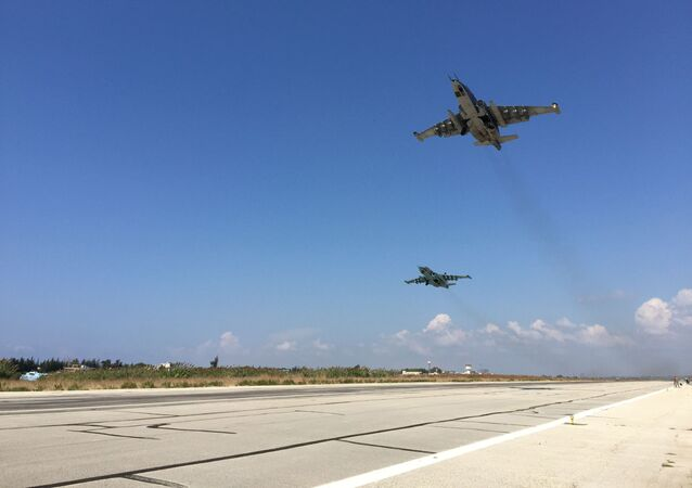 الضربات الجوية للمقاتلات الروسية على مواقع لتنظيم داعش في سوريا