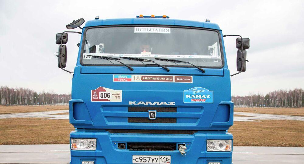 شاحنة كاماز بدون سائق