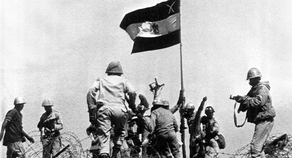 الجيش المصري يرفع راية النصر