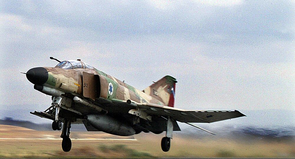 مقاتلة إسرائيلية من طراز فانتوم -4 في عام 2003