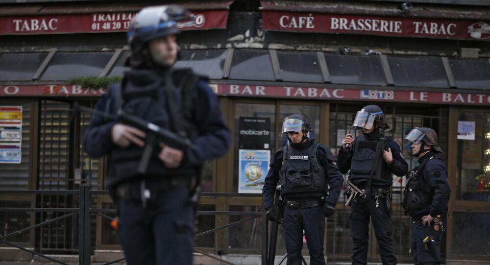 عناصر الشرطة الفرنسية