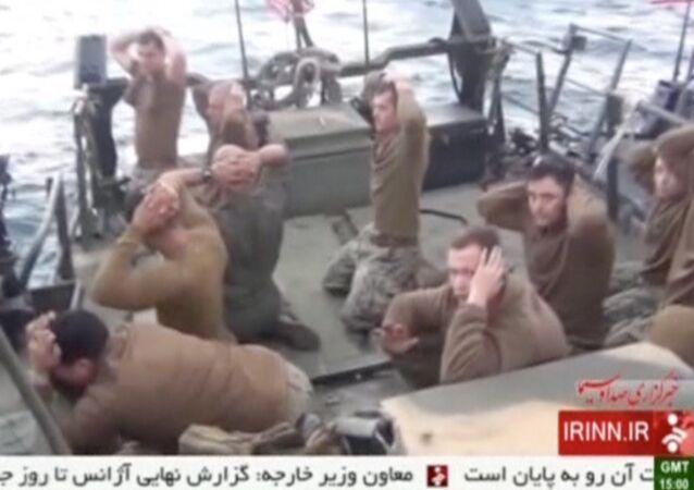 إيران تعتقل بحارة أمريكيين