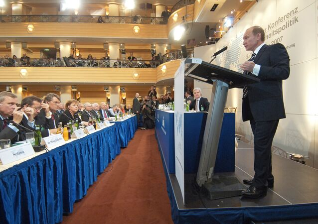 بوتين في مؤتمر ميونيخ عام 2007