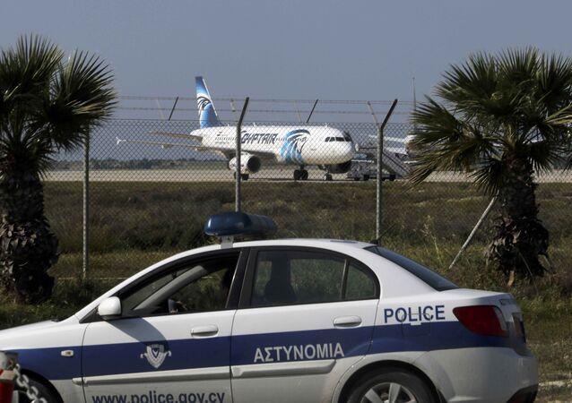 مطار لارنكا بقبرص