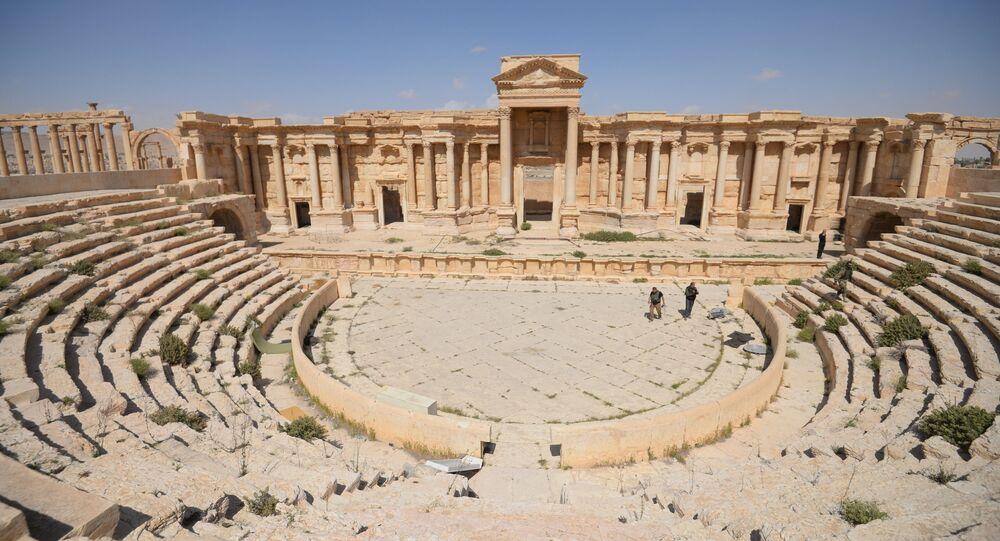 الموقع التاريخي لمدينة تدمر الأثرية