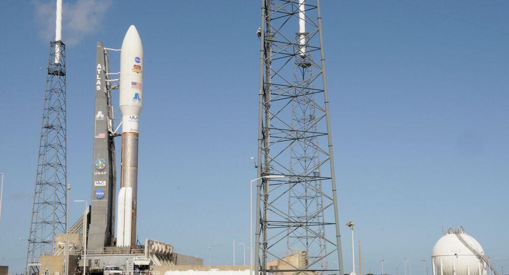 صاروخ فضائي أمريكي من طراز أطلس 5
