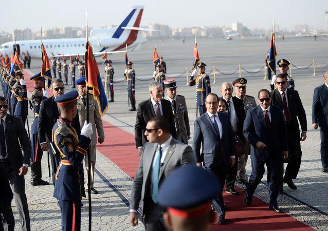 استقبال الرئيس الفرنسي فرانسوا أولاند في مصر