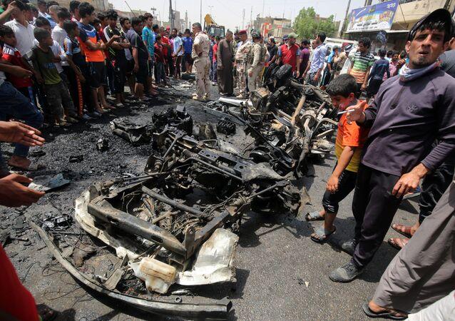 صورة أرشيفية لتفجير سيارة مفخخة في بغداد