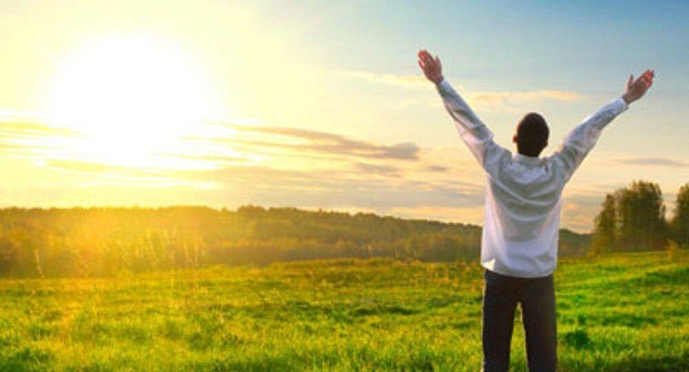 التعرض لضوء الشمس يزيد نسبة الشعور بالسعادة عند البشر