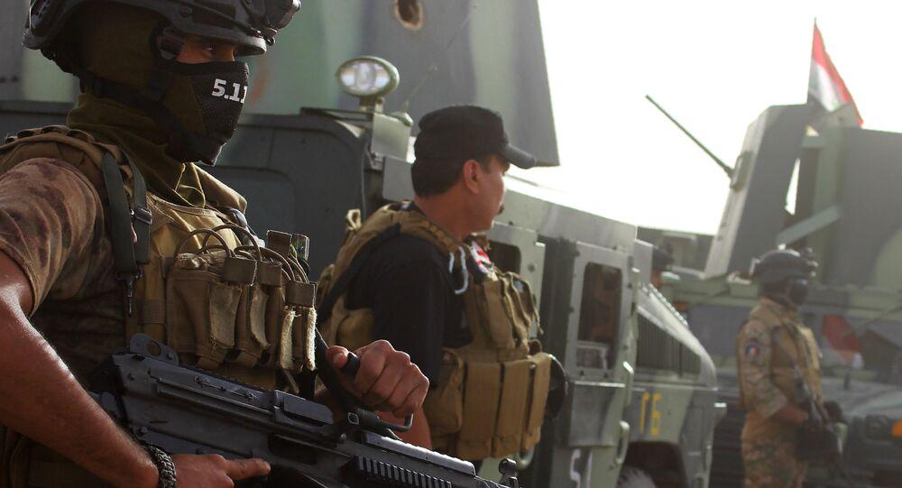 الشرطة العراقية على طريق الأنبار