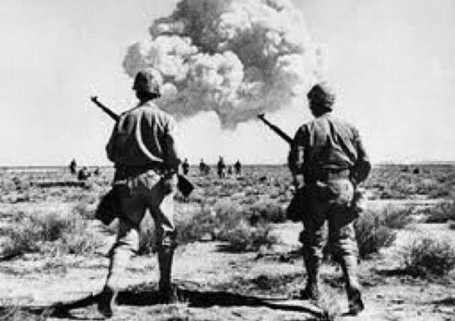 التجارب الفرنسية النووية في الجزائر - 17 تجربة نووية ما بين سنة 1960 إلى سنة 1966