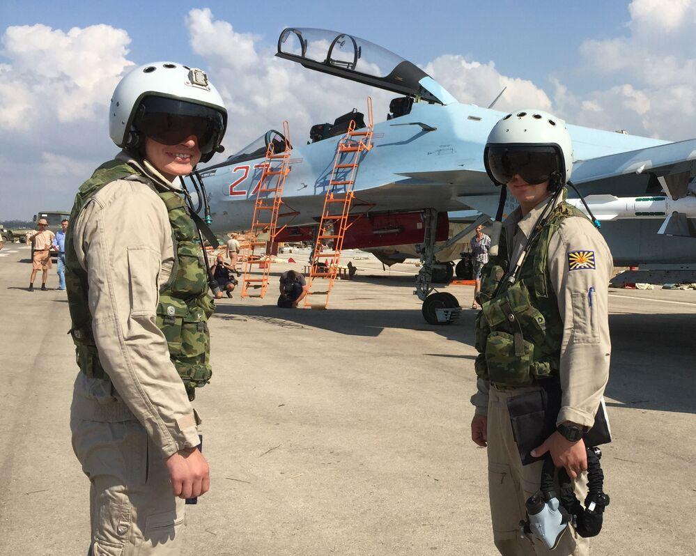 طيارو سو-30 فى سوريا