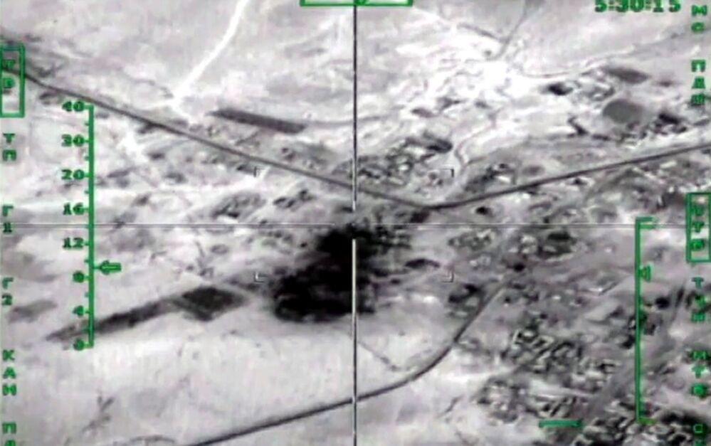 الضربات ضد داعش فى سوريا