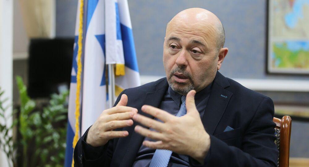 السفير الإسرائيلي في موسكو هاري كورين
