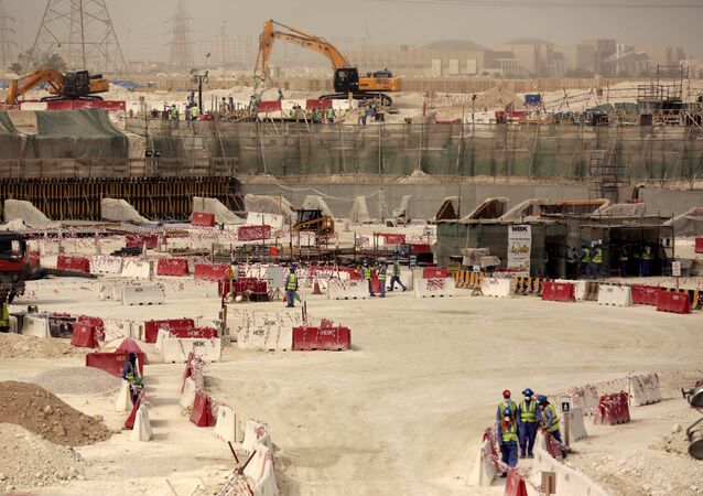 بناء ملعب في قطر