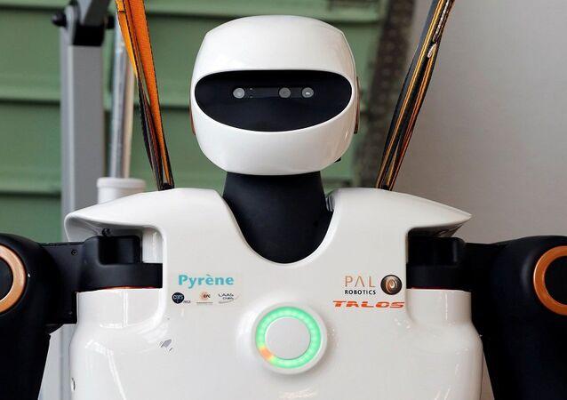 روبوت جديد