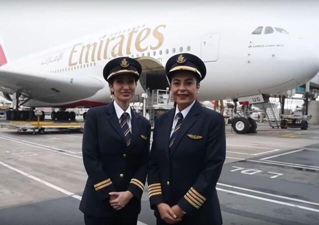 مصرية و إماراتية تقودان أكبر طائرة ركاب في العالم