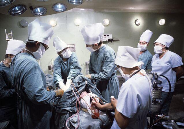 عملية جراحية في القلب