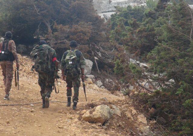 لحظة وصول الجيش السوري برفقة المدنيين إلى بلدة المجدل