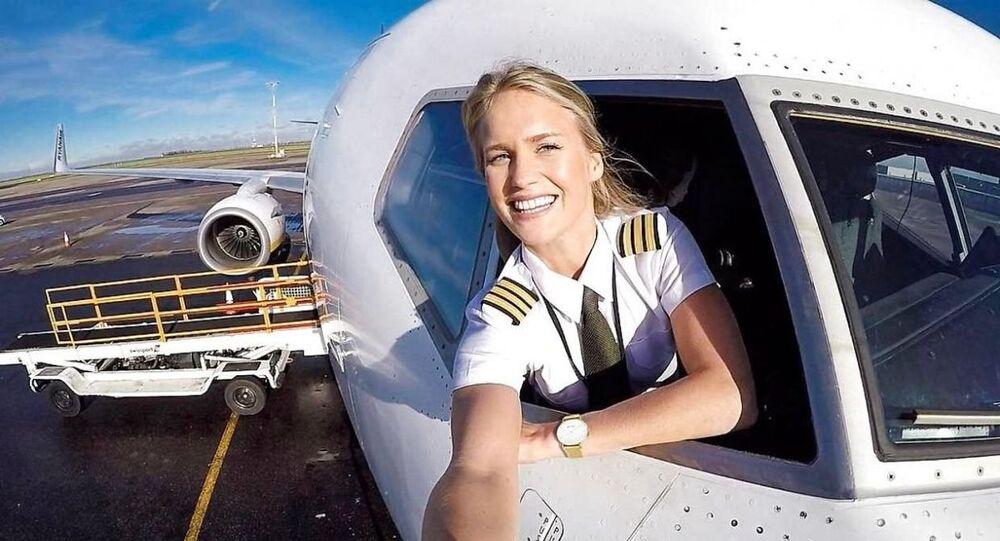 قائدة الطائرة السويدية ماريا فاغرستروم