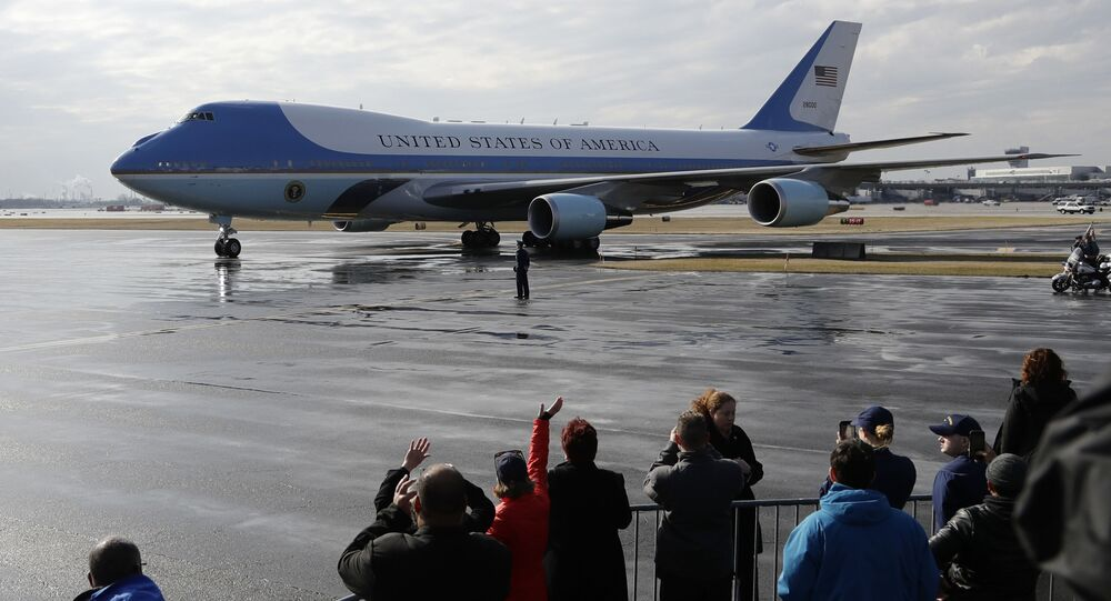 طائرة الرئيس الأمريكية دونادل ترامب، بوينغ 747