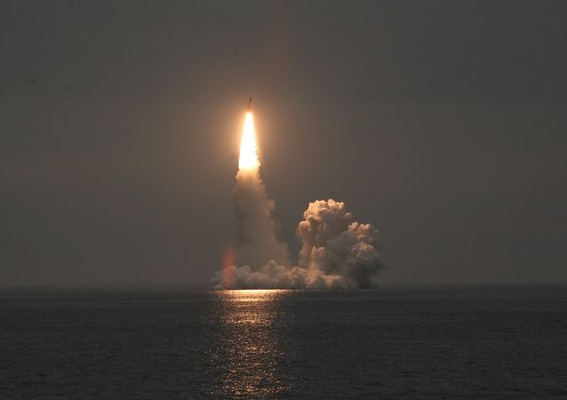 صاروخ باليستي عابر للقارات طراز بولافا