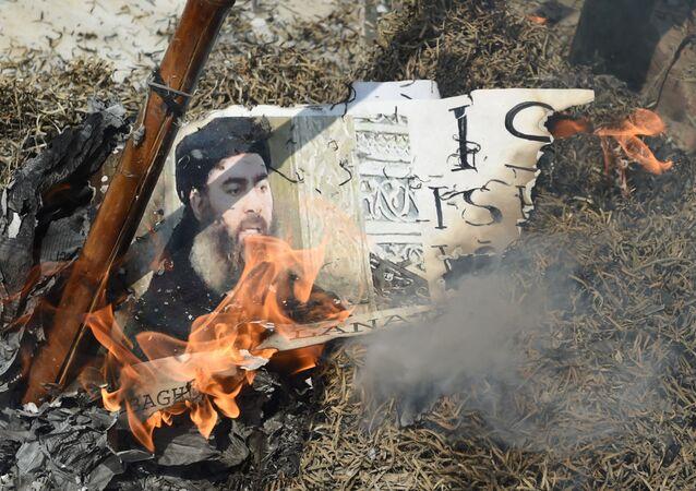 حرق صورة البغدادي