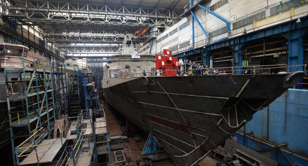 مصنع السفن في مدينة زيلينودولسك