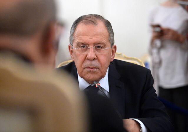 لورديان يصل موسكو ويبحث مع لافروف الأزمة السورية والأوضاع في ليبيا.