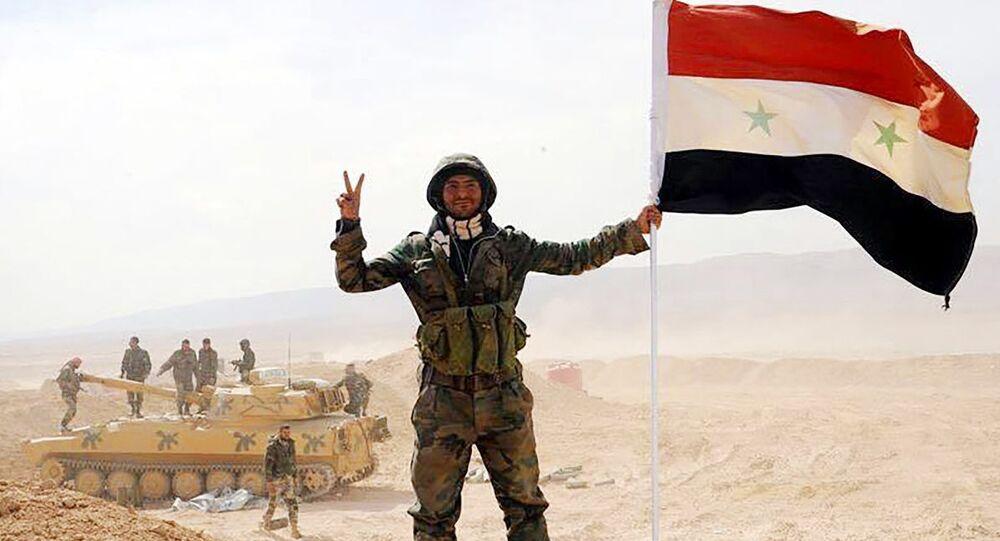 الجيش السوري يفك الحصار عن دير الزور