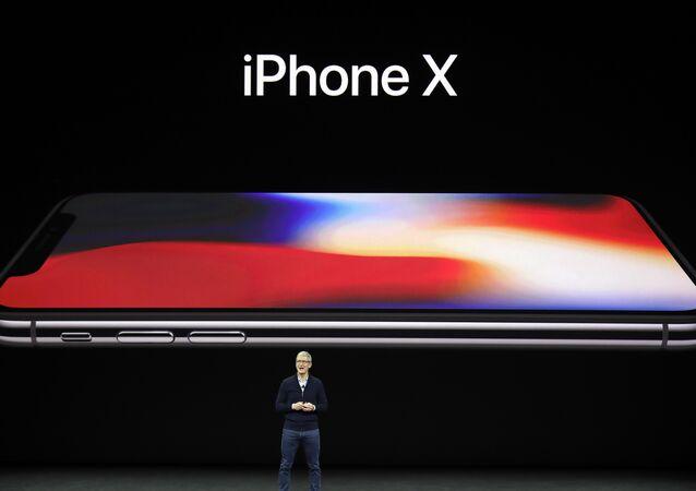 إقبال ضعيف على هاتف آيفون 8 الجديد والسبب هو آيفون X