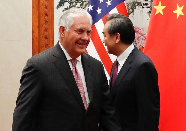 وزير الخارجية الأمريكي ريكس تيلرسون خلال زيارته إلى الصين