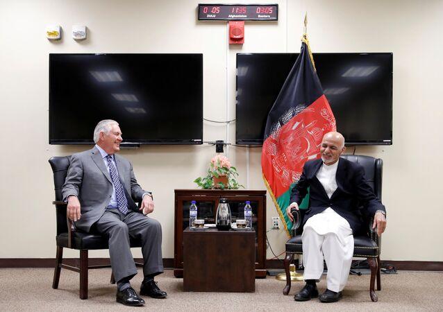 لقاء الرئيس الأفغاني ووزير الخارجية الأمريكي ريكس تيلرسون
