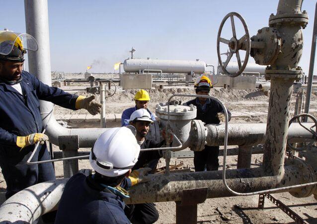 العراق يعرض مناطق جديدة للتنقيب عن النفط والغاز