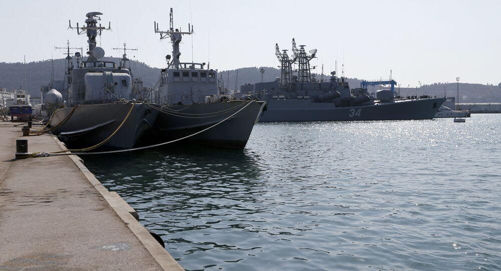سفينة مساعدات إنسانية