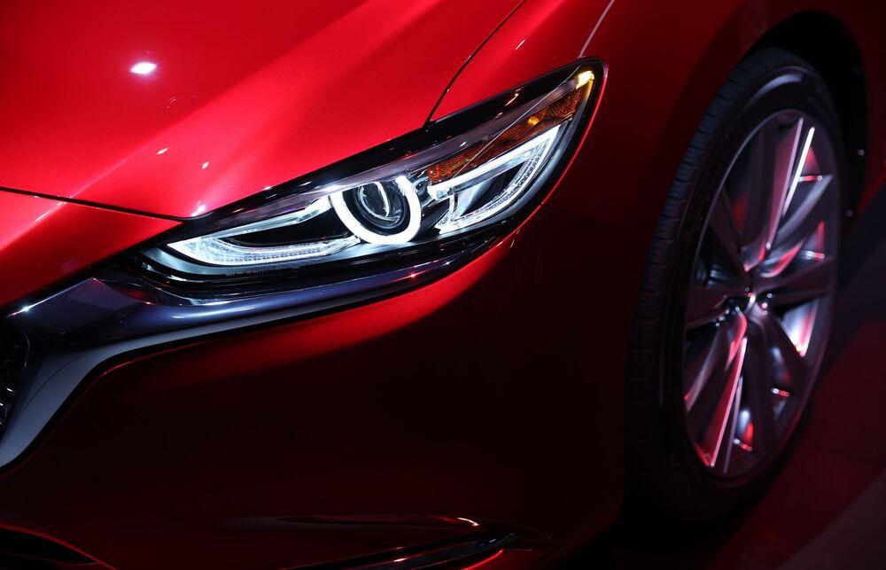عرض السيارات لا أوتو شو 2017 في لوس أنجلوس - السيارة الجديدة Mazda 6، كاليفورنيا 29 نوفمبر/ تشرين الثاني 2017