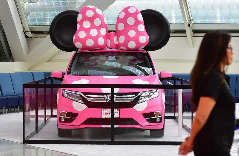 عرض السيارات لا أوتو شو 2017 في لوس أنجلوس - السيارة الجديدة Honda Odyssey، كاليفورنيا 29 نوفمبر/ تشرين الثاني 2017