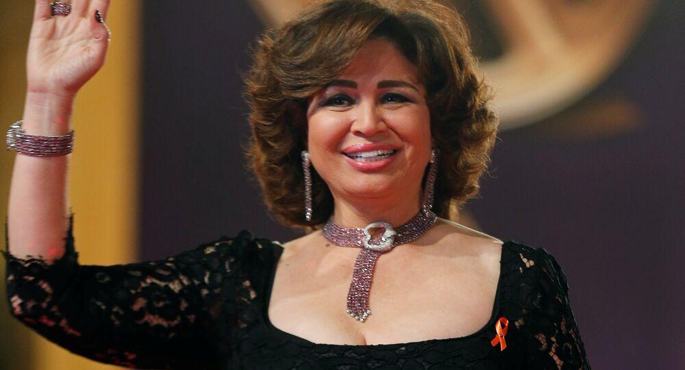 الممثلة المصرية إلهام شاهين خلال مهرجان القاهرة السينمائي الـ 39، مصر 21 نوفمبر/ كانون الأول 2017