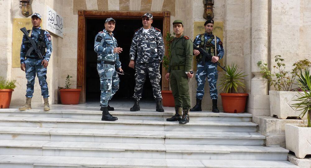 المحاكاة الأمنية التي تجري بين الشرطة السورية والقوات الروسي
