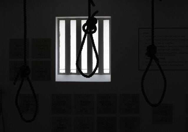 مشنقة معلقة في سجن بريترويا المركزي بجنوب أفريقيا كنصب تذكارى لأولئك الذين أعدموا قبل أن يتم إلغاؤها فى عام 1989