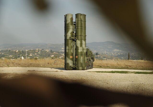 منظومات صواريخ مضادة للطائرات من طراز إس-400 في سوريا