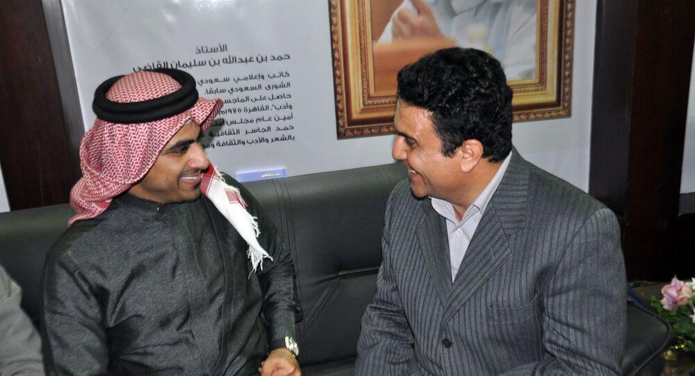 محرر سبوتنيك مع المطرب السعودي أحمد غزالة
