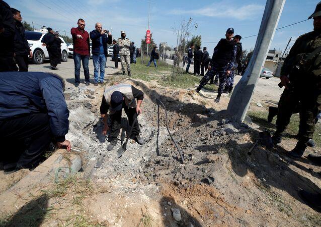 التفجير الذي استهدف رئيس الوزراء الفلسطيني رامي الحمد الله