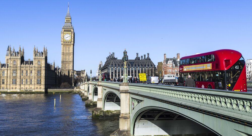 جسر ويستمنسترفي لندن، إنجلترا