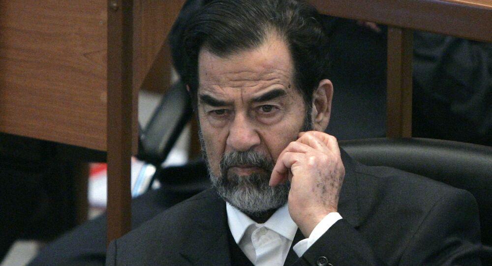 الرئيس العراقي الراحل صدام حسين